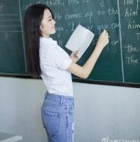 Giáo viên, sinh viên, gia sư luyện thi tuyển sinh lớp 10 toán văn anh Tphcm.